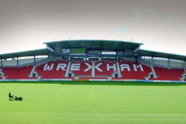 Imagen del Racecourse Ground, estadio del Wrexham.