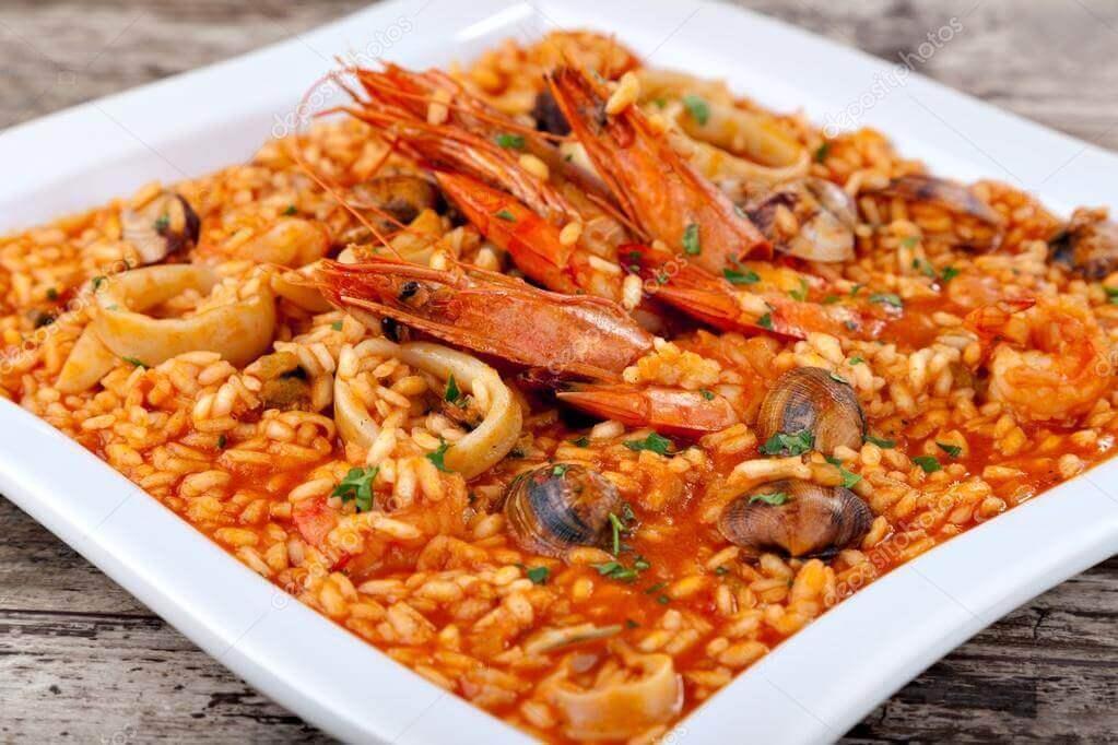 Elaboración de la receta de arroz caldoso