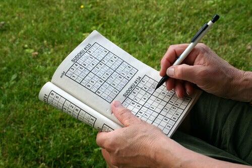 Mejorar la memoria con juegos como sudoku