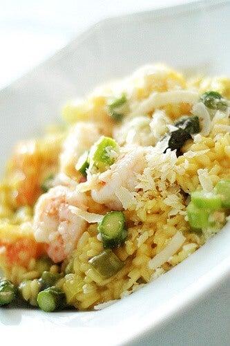 Receta de risotto cremoso con espárragos