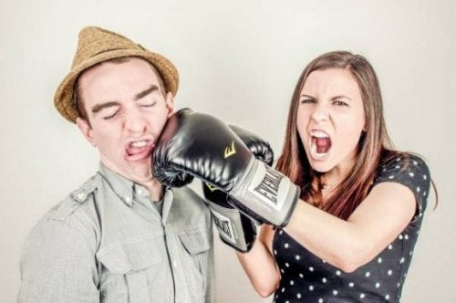 ¿Cómo evitar el comportamiento agresivo?