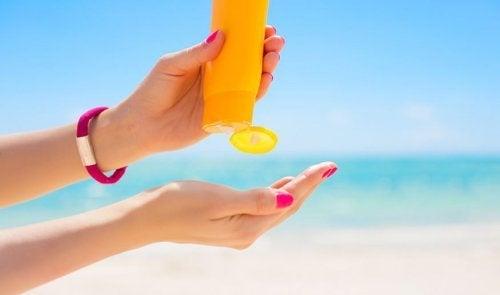 Mejores ingredientes en un protector solar natural