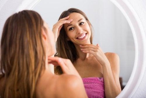 Ejercicios para evitar la flacidez facial