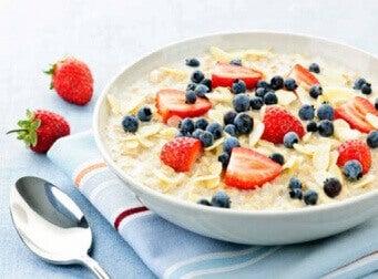 Avena para el desayuno como alimento saludable.