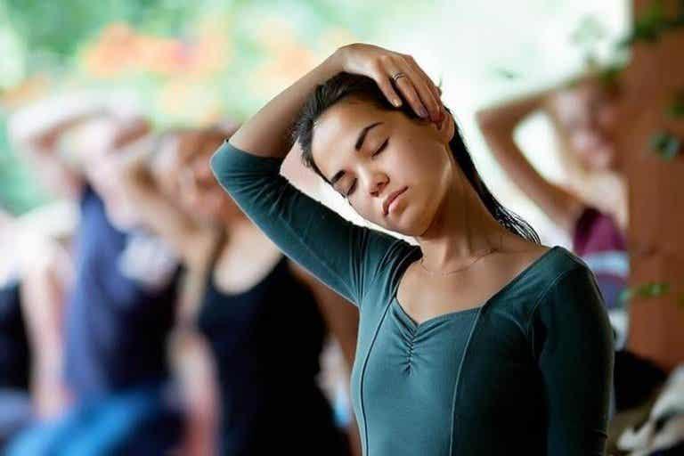 5 prácticos ejercicios para el cuello