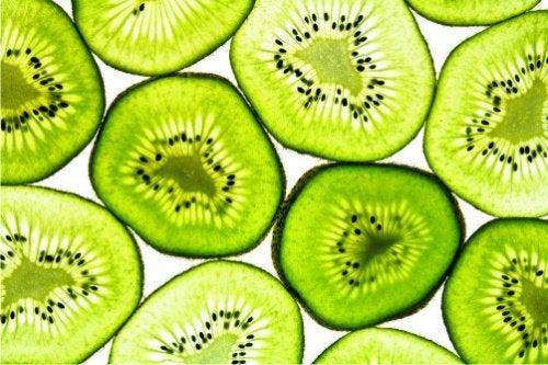 El kiwi, una fruta rica en vitamina C