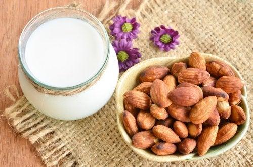 Leche de almendras: Una alternativa saludable a la leche de vaca