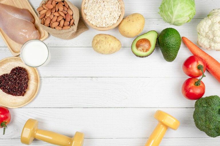 ¿Cuáles son los nutrientes adecuados para el crecimiento del músculo?