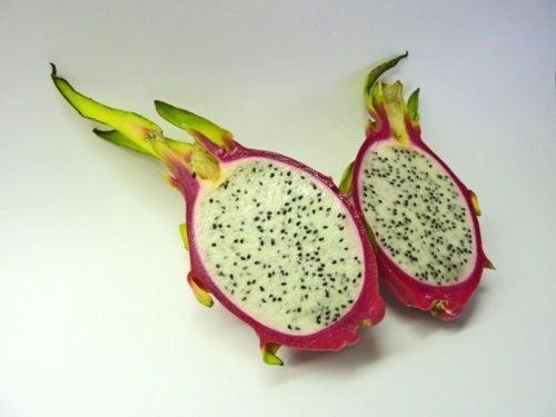 Beneficios nutricionales de la pitahaya o fruta del dragón