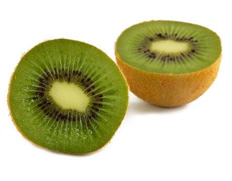 Kiwi parido a la mitad