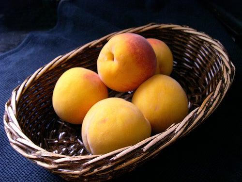 El melocotón: la fruta que te ayuda a rejuvenecer