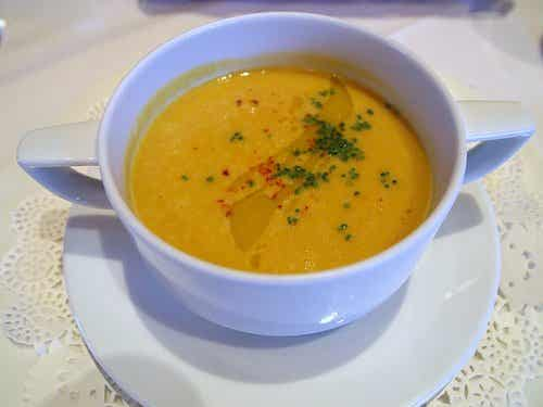 Receta ayurvédica: Sopa de zapallo con romero