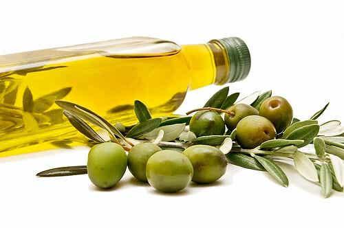 Beneficios de incluir aceite de oliva en la dieta