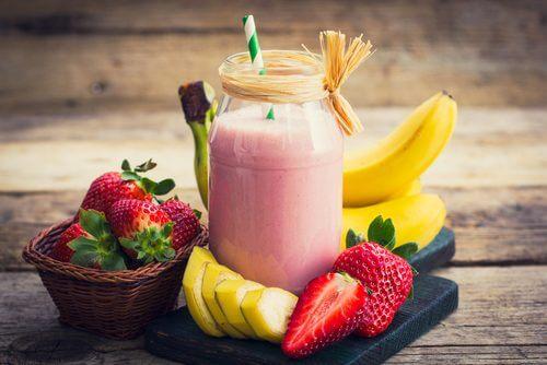 ¿Es posible perder peso con batidos de frutas?