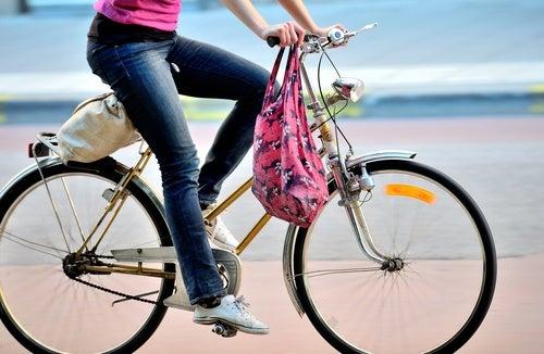 8 Razones para usar bicicleta y cuanto manejar
