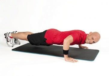 Que ejercicios combatir la flacidez después de la perdida de peso
