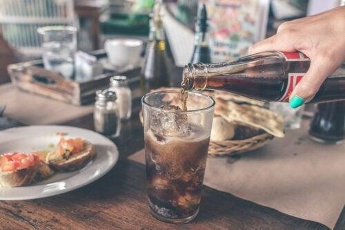 Las bebidas gaseosas y su efecto en la salud