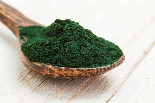Beneficios del alga espirulina
