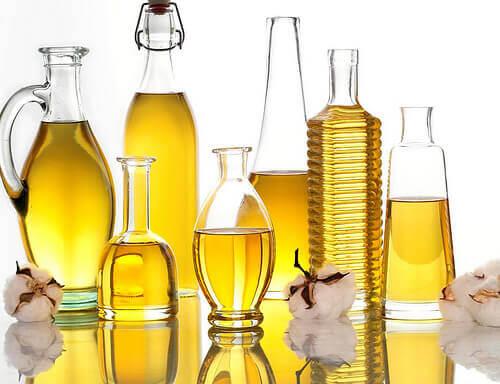 Frascos con aceite