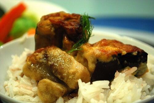 Berenjenas rellenas de arroz y espinacas