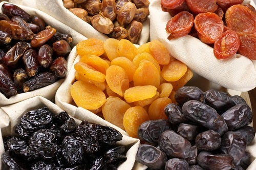 Los dátiles, junto a otros frutos secos, constituyen una gran fuente para mejorar nuestra salud.