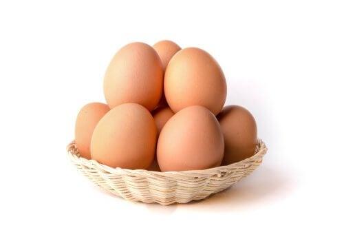 Huevos de gallina aporte de calcio
