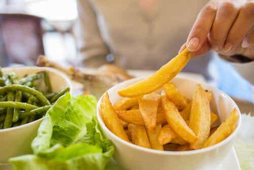 ¿Cómo le puedes quitar calorías a tus comidas?