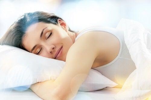 Mujer durmiedo