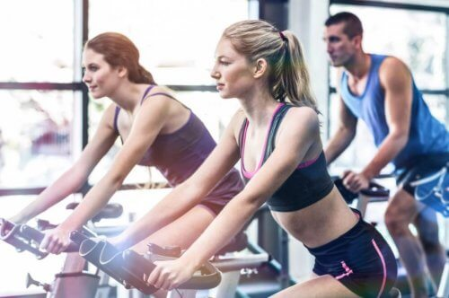 ¿Es bueno hacer spinning?
