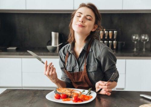 ¿Cómo saciar el hambre de manera natural?