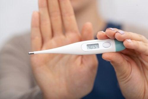 ¿Cómo bajar la fiebre de manera natural?