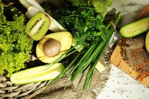 10 alimentos verdes que curan enfermedades