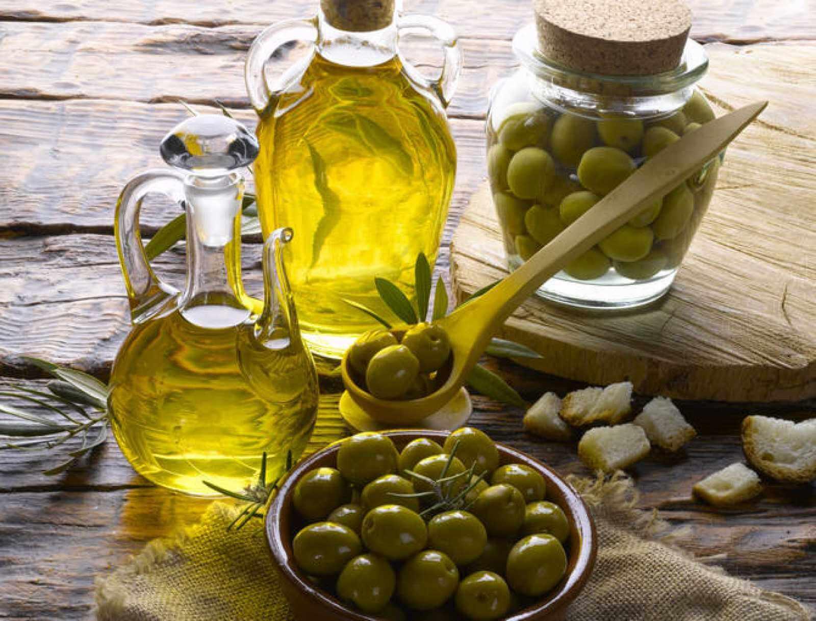 Aceite de oliva para remedios naturales