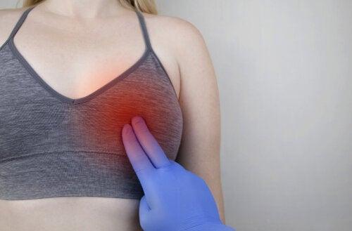 Quistes en los senos: ¿qué significan?