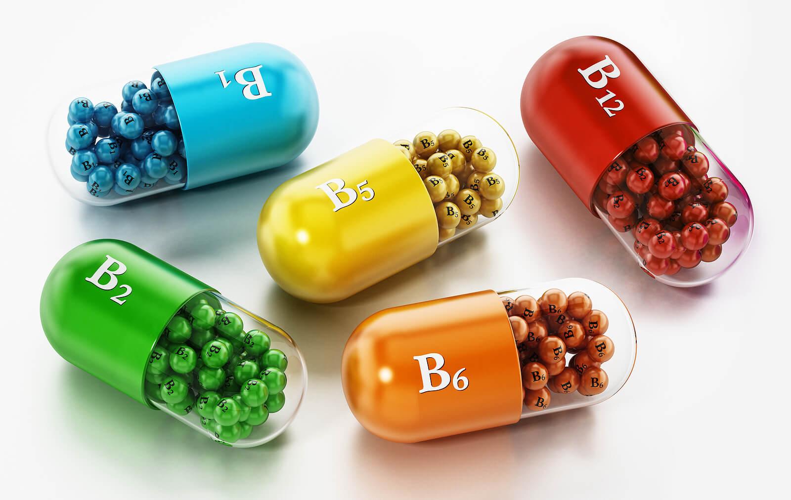 Suplementos del vitaminas del complejo B.