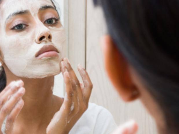 Limpieza facial natural en nuestro hogar