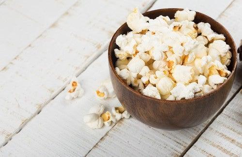 ¿Son buenas para la salud las palomitas de maíz?