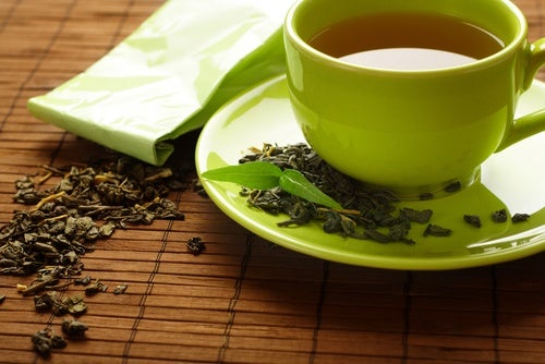 Beneficios y preparación del té verde — Mejor con Salud
