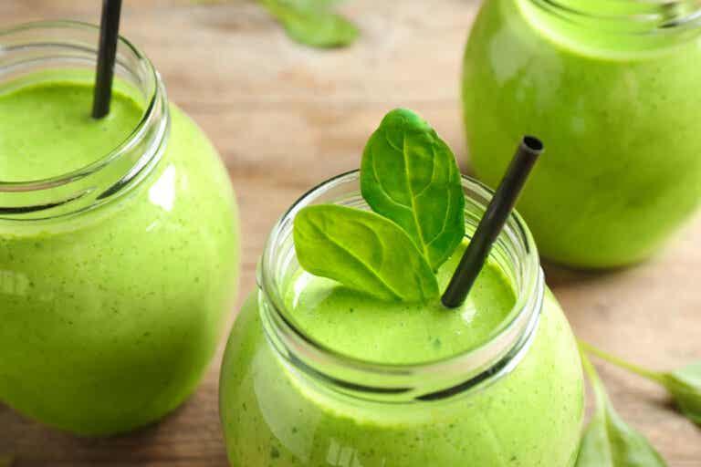 Beneficios de los batidos verdes depuradores