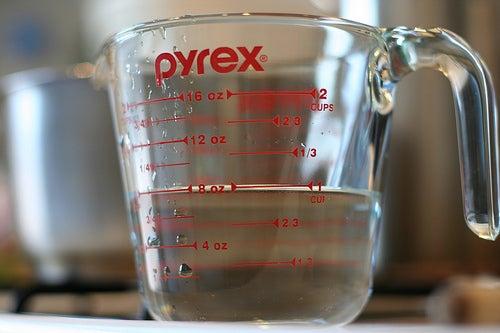 Vinagre-potente-para-limpiar-sin-usar-productos-químicos