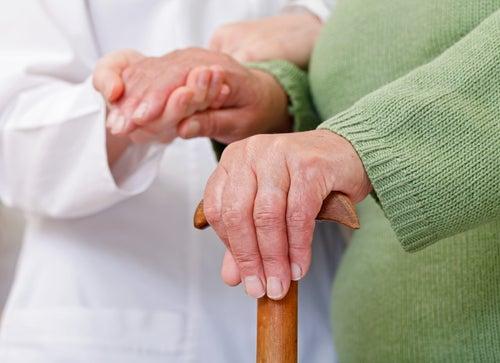 ¿Prevenir la artritis? Estos pescados pueden ayudarte