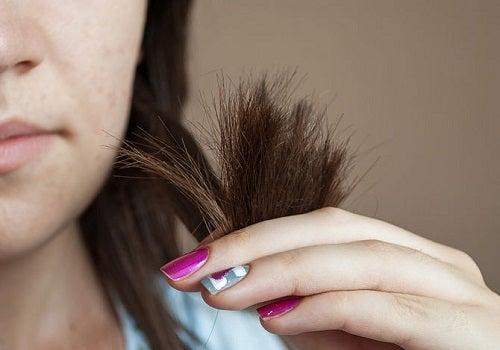 Por qué caen los cabellos después de 55