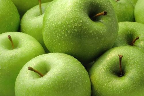 Una manzana por día puede hacer maravillas en tu salud