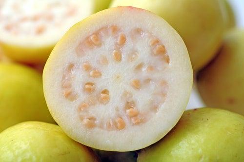 La guayaba, una fuente de vitaminas tropical