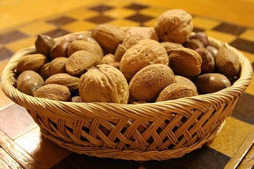 Las nueces contienen bastantes calorías