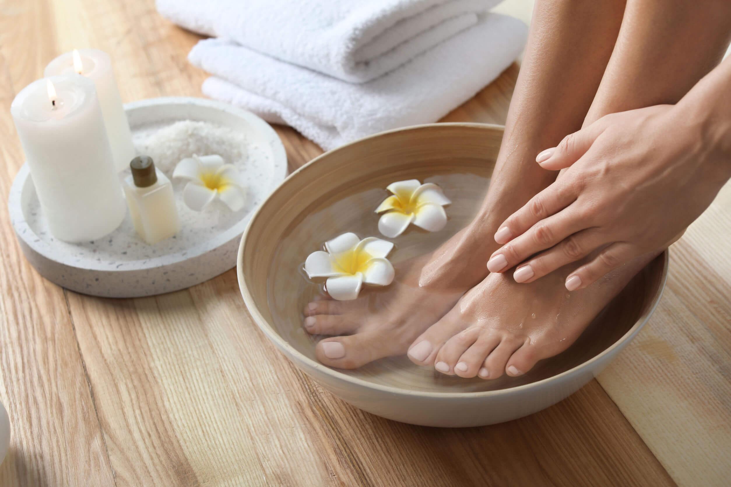 Un masaje en los pies puede ser algo muy satisfactorio.