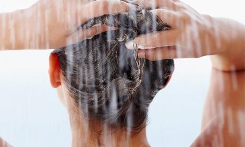 5 acondicionadores naturales para el cabello.
