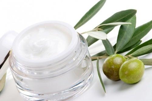 Crema-natural-de-aceite-de-oliva
