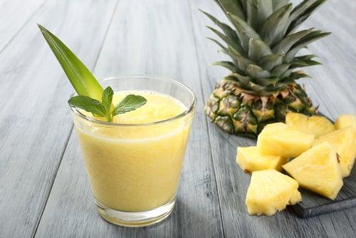 3 licuados saludables para adelgazar - Mejor con Salud