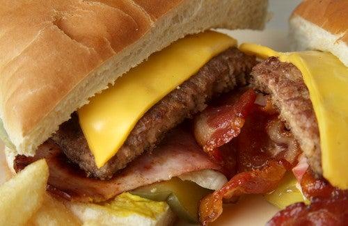 ¿Cuáles son las comidas que más engordan?